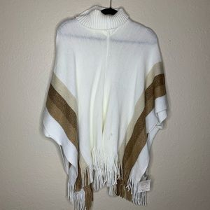 Poncho- Never Worn- Small Pull